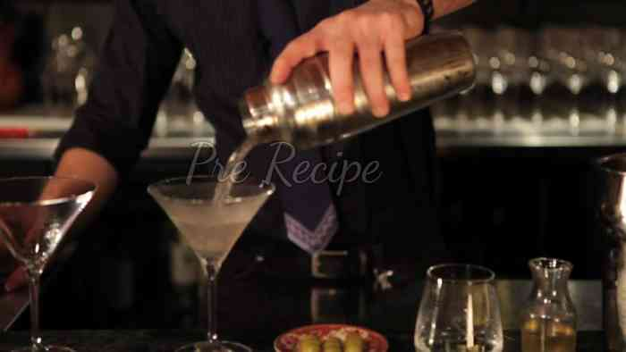 what is a dirty martini